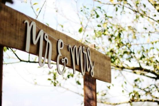 Quảng cáo dịch vụ cưới hỏi phát triển