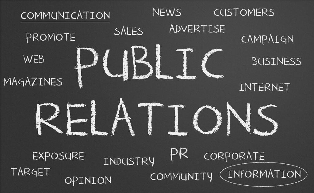 Outsourcing là gì? Có cần hay không networking khi thực hiện outsourcing?