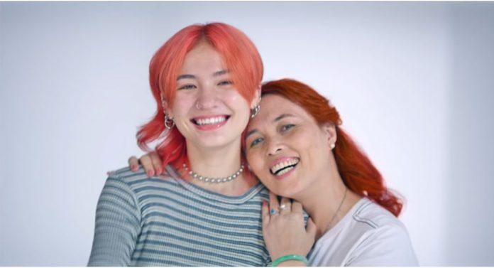 Chiến dịch cảm động của Dove giúp mẹ và con gái xích lại gần nhau