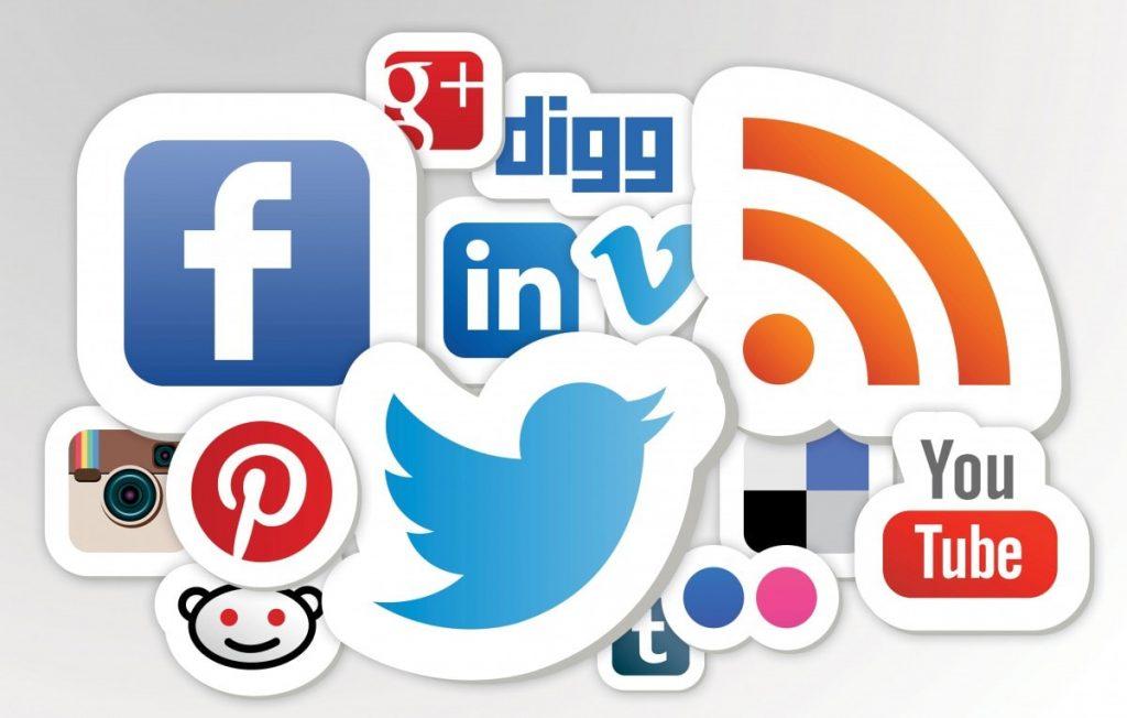 tìm kiếm khách hàng thông qua các trang mạng xã hội