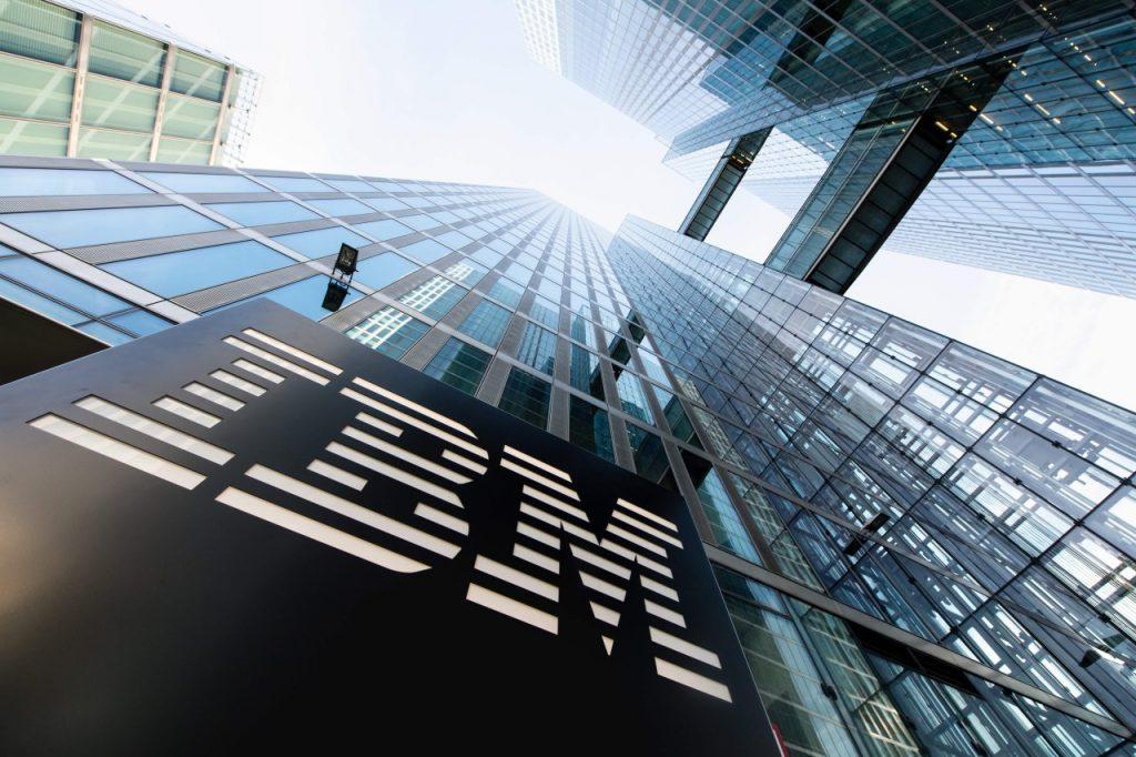 thương hiệu IBM - tập đoàn công nghệ máy tính đa quốc gia