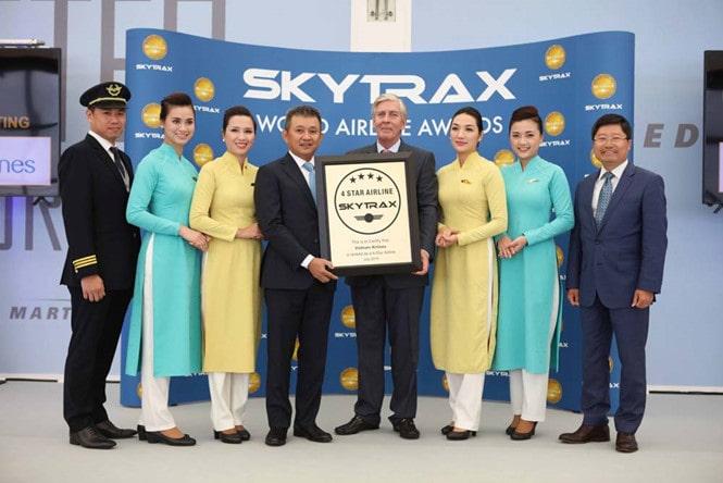 Chiến lược Marketing của Vietnam Airlines- Định vị là hãng hàng không cao cấp