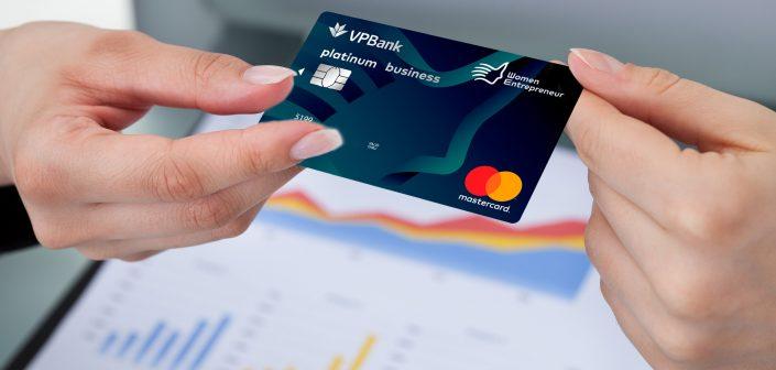 Thẻ tín dụng (credit card)