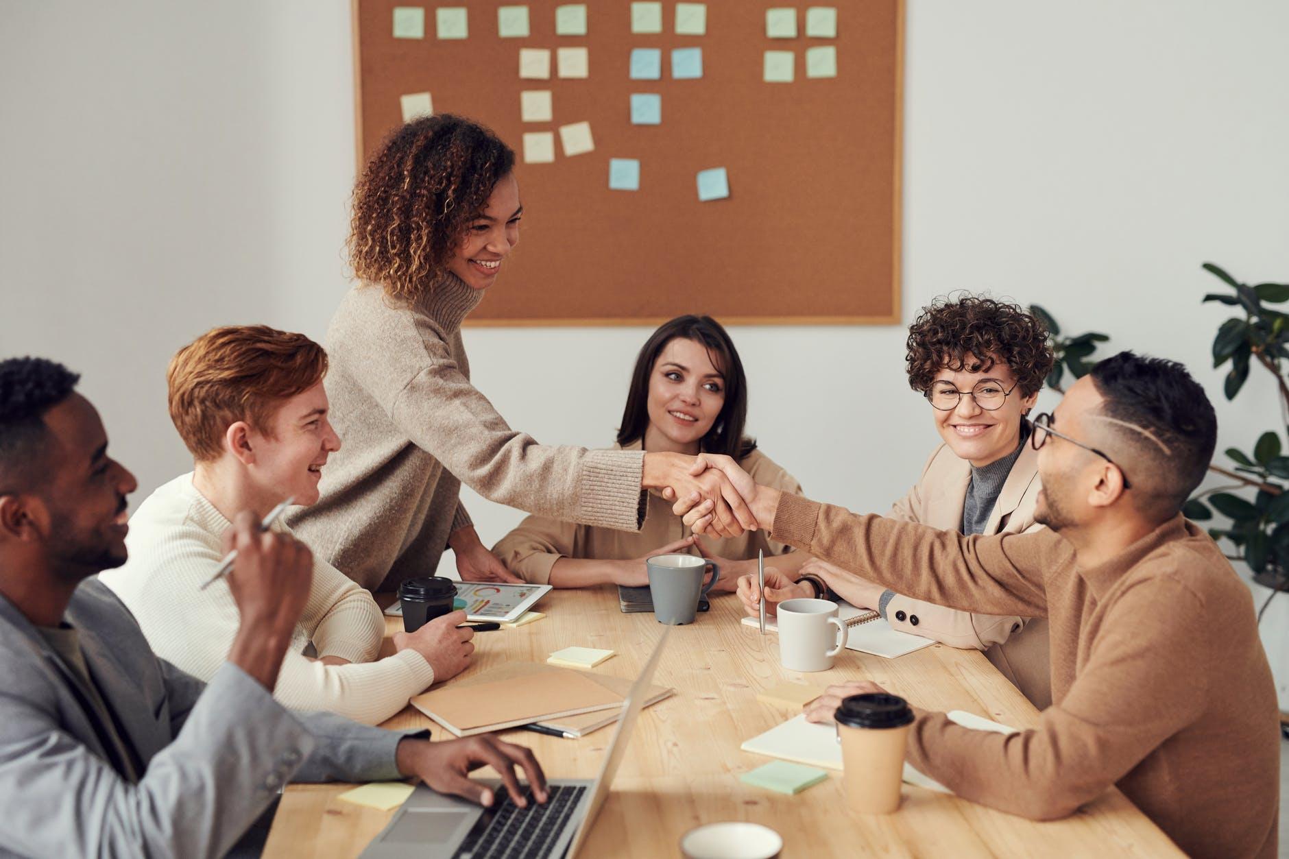 Kỹ năng tôn trọng người khác trong Teamwork là gì?
