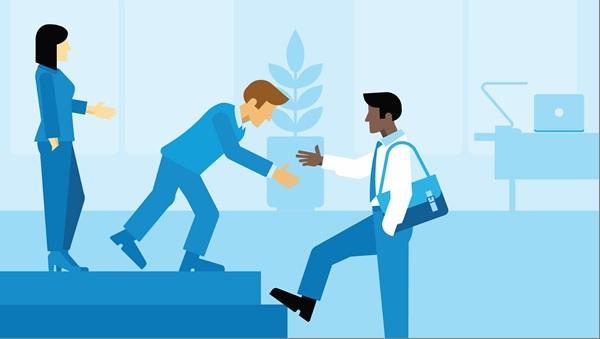 sự khác biệt giữa staff và employee là gì