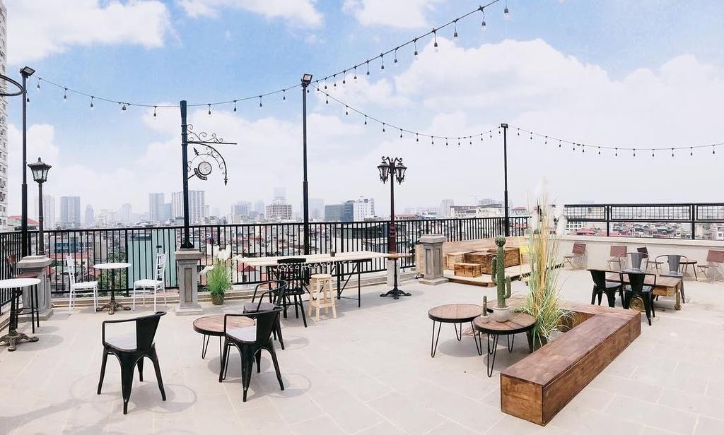 Các loại hình quán cafe - cafe sân thượng