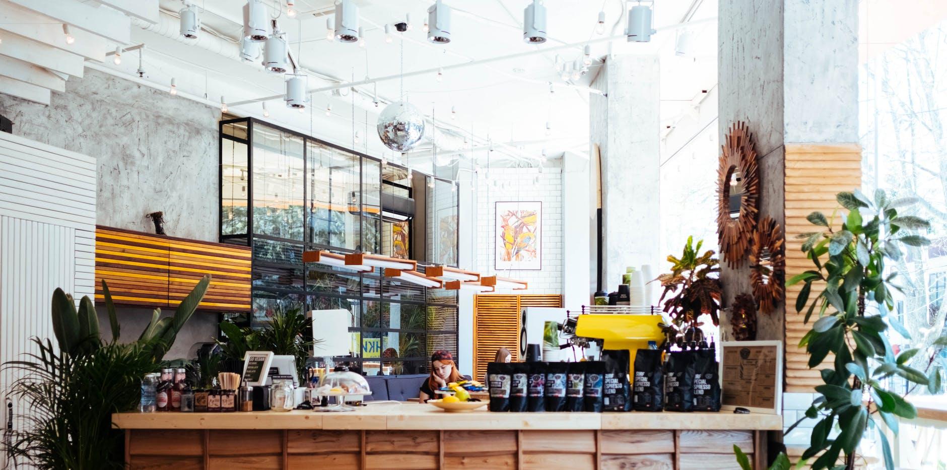 Cần chuẩn bị gì trước khi mở một quán cafe - xây dựng kế hoạch kinh doanh