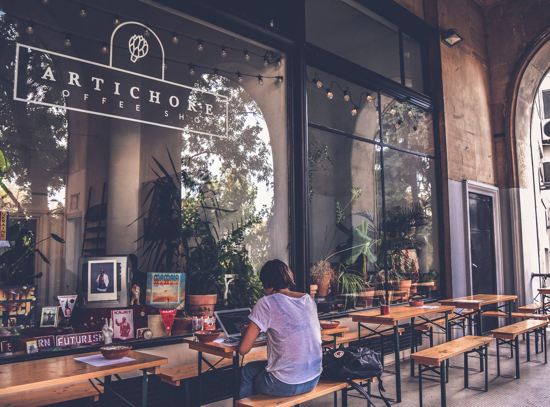 Cần chuẩn bị gì trước khi mở một quán cafe - chọn địa điểm