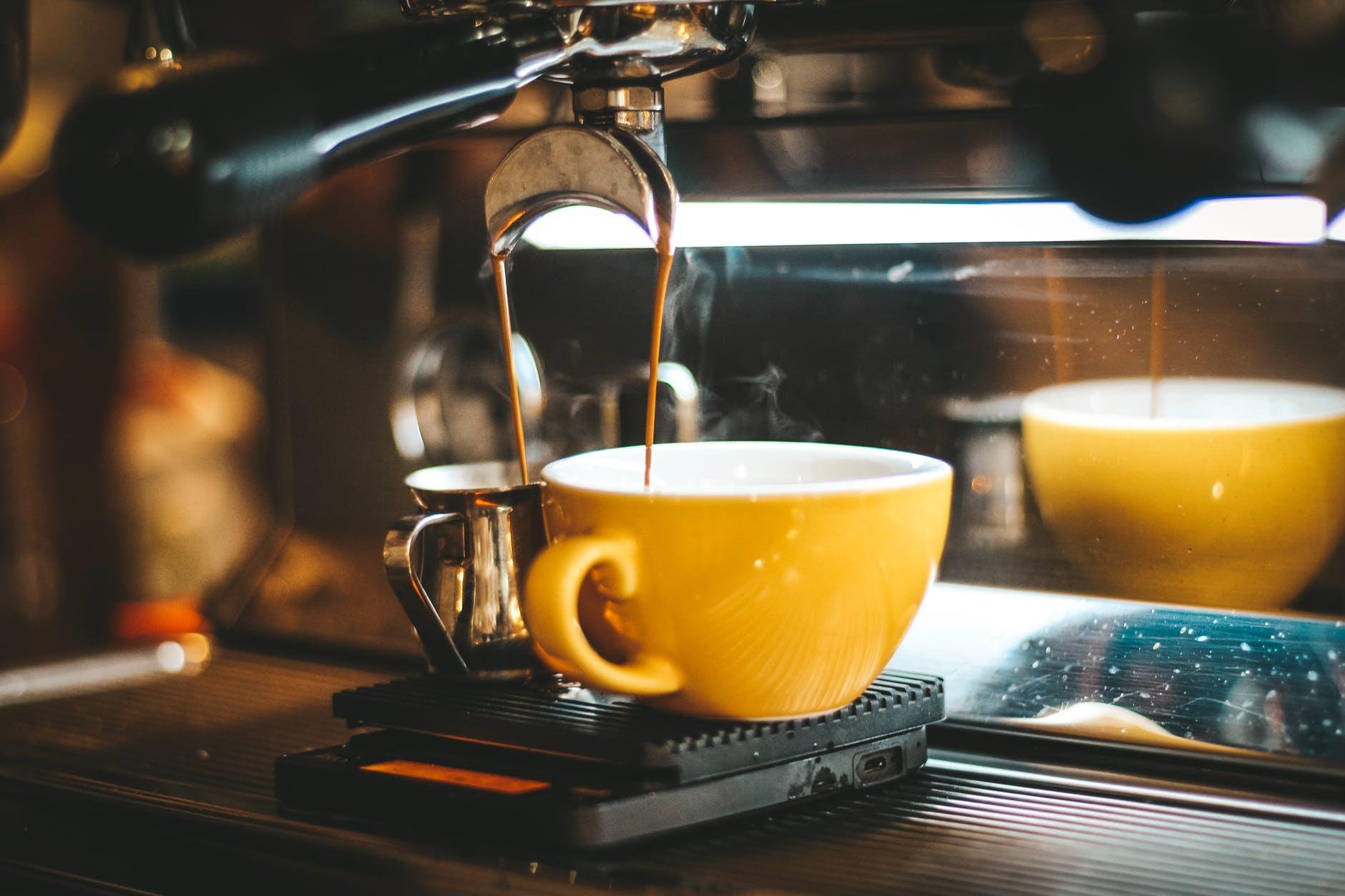 Cần chuẩn bị gì trước khi mở một quán cafe - xây dựng thị trường cho cafe