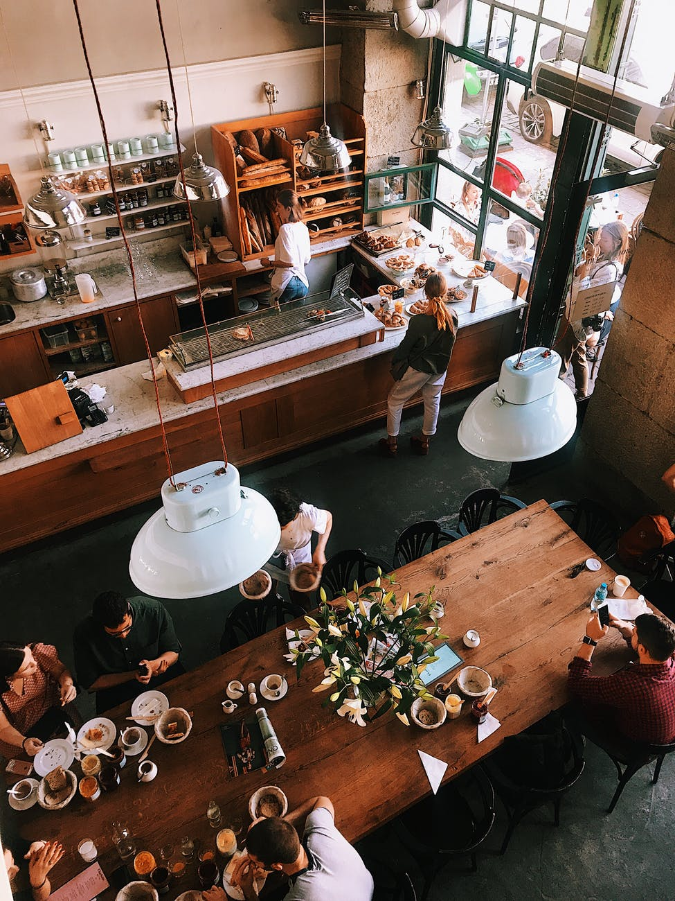 Cần chuẩn bị gì trước khi mở một quán cafe - thiết kế không gian quán