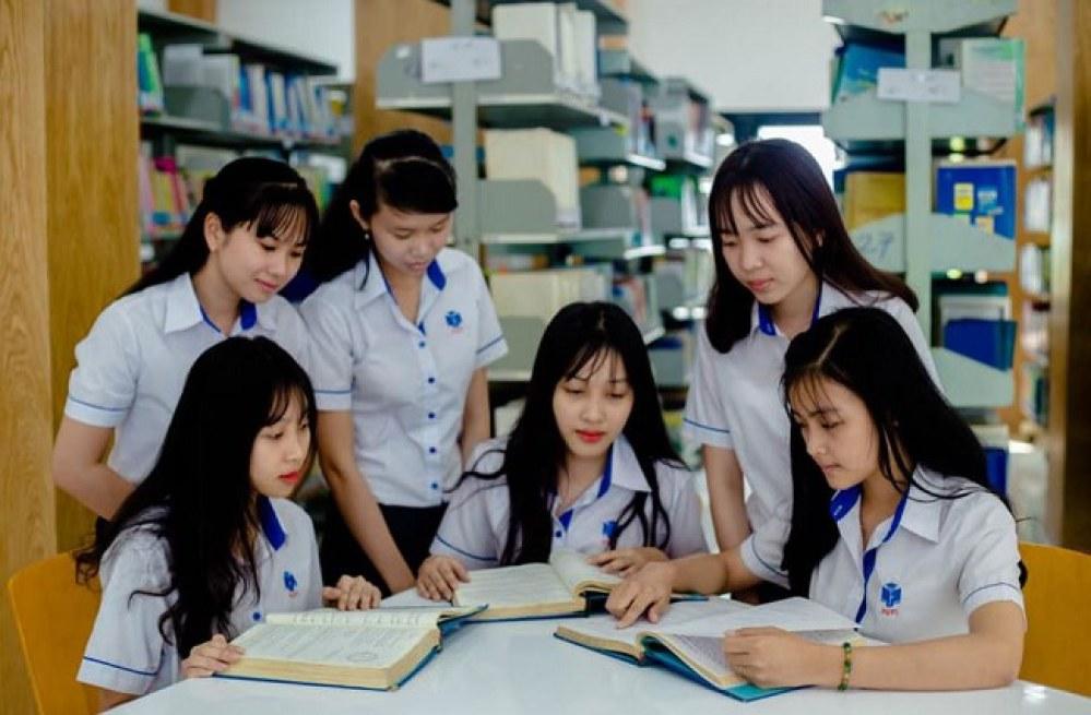 Học tài chính ngân hàng thi khối nào? Ngành tài chính ngân hàng học trường nào