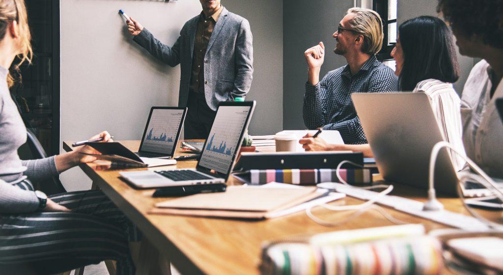 Người làm Marketing Specialist có thể làm những gì?
