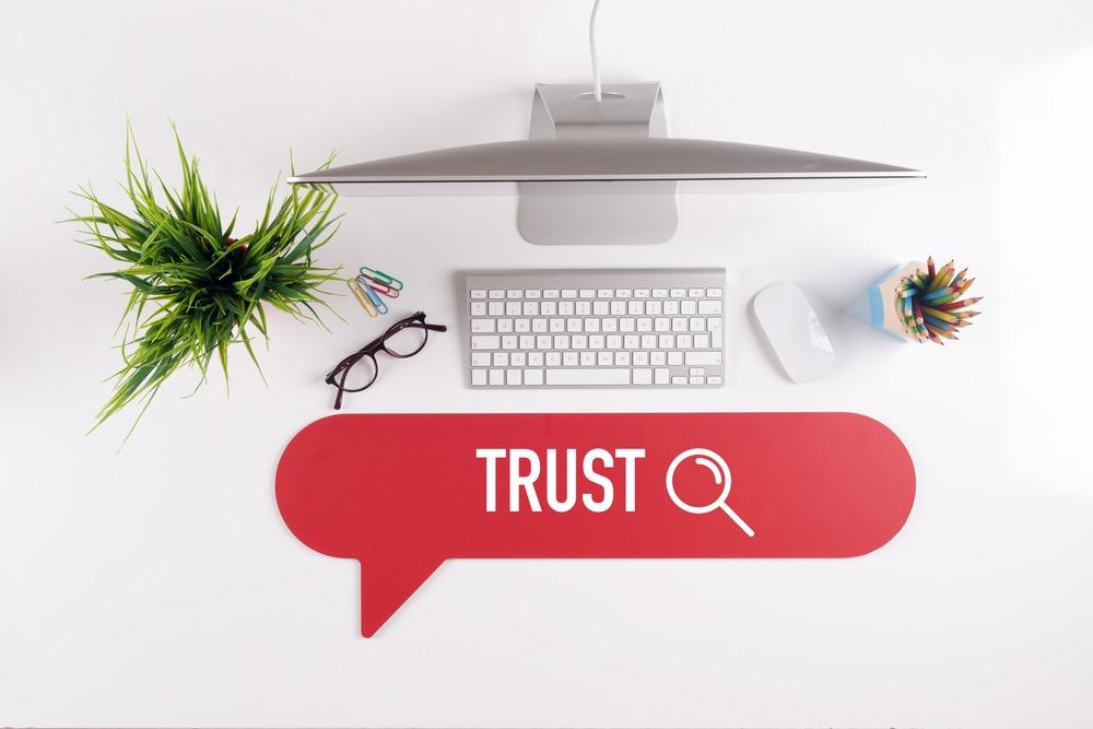 Trustworthiness (Đáng tin cậy) là yếu tố liên quan tới sự hợp pháp, chính xác